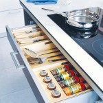 under-cooktop-kitchen-drawers-1
