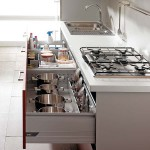 under-cooktop-kitchen-drawers-3